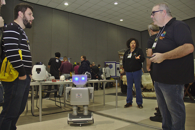 Projeto que ensina robótica em escolas públicas do Rio Grande do Sul é apresentado no FISL18