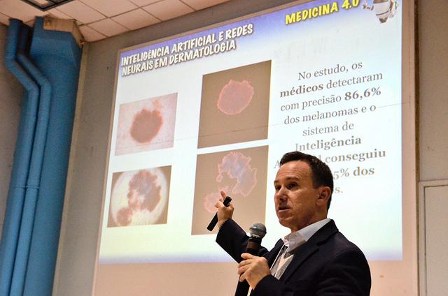 Medicina 4.0: FISL18 aborda avanços tecnológicos na saúde